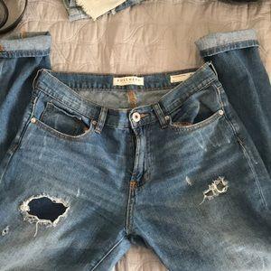 Bullhead distressed medium wash boyfriend jeans